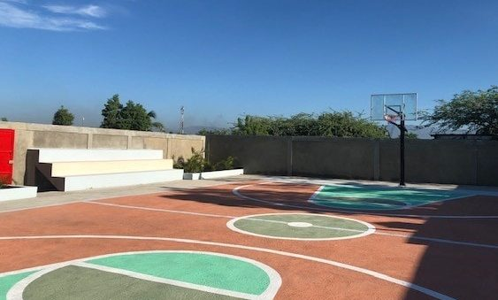 AGF sports court